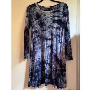 Women's tie dye dress never worn